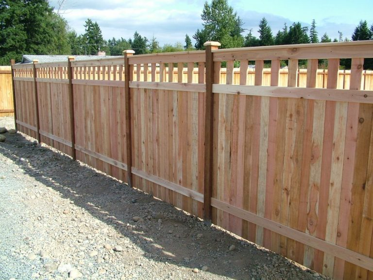 Cedar Wood Privacy Fence Mission Viejo CA